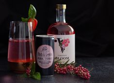 **PEPPER BERRY** recipe. Since we have Bloom on our minds this week it is only fitting that this week's #thirstythursday cocktail recipe should be one of our all time favourite Bloom combos. • 25ml Vermont Bloom Botanical Spirit • Fitch & Leedes Pink Tonic • teaspoon pink peppercorns • handfull basil leaves • 3 strawberries • slice of strawberry for garnish • basil leaves for garnish • ice blocks  Liquify strawberries into fine pulp. Add Vermont Bloom Distilled Botanical Spirit, strawberry… Cocktail Recipes, Cocktails, Drinks, Strawberry Slice, Ice Blocks, Thirsty Thursday, Basil Leaves, Vermont, Strawberries