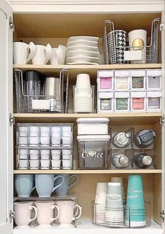 ( Practical home organization ideas to get your water … New Video! ( Practical home organization ideas to get your water bottles+ k-cups+ travel mugs and more under control. I've… - Genius Pantry Organization Ideas