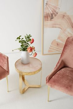Pink Quartz Lirit Side Table / Home Decor / Pink Decor / Interior Design Cafe Interior, Decor Interior Design, Interior Decorating, Mens Bedding Sets, Decor Inspiration, Decor Ideas, Pink Home Decor, Pedestal Dining Table, Farmhouse Side Table