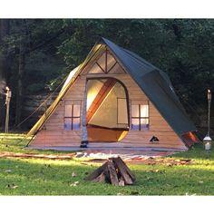 Zelt Camping, Camping Glamping, Luxury Camping Tents, Backyard Camping, Camping Ideas, Backyard Greenhouse, Camping Tricks, Camping Guide, Camping Stuff