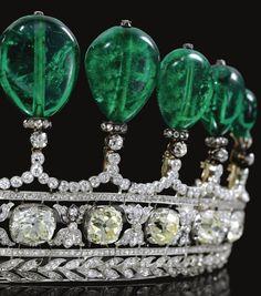 Magnificent and rare emerald and diamond tiara. This incredibly beautiful, impossibly stunning emerald and diamond tiara was previously owned by a bona fide princess, Princess Katharina Henckel Von Donnersmarck. Diamond Tiara, Emerald Diamond, Diamond Earrings, Drop Earrings, Royal Tiaras, Tiaras And Crowns, Royal Crowns, Royal Jewelry, Emerald Jewelry