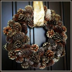 Hanging a Wreath Without Drilling Holes!