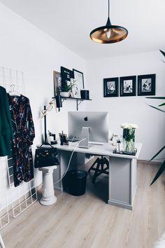 arbeitsplatz zuhause einrichten 5 ideen f r mehr stil im blogger home office home office. Black Bedroom Furniture Sets. Home Design Ideas