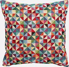 dadekor / vankúš Peru Peru, Quilts, Blanket, Turkey, Quilt Sets, Blankets, Log Cabin Quilts, Cover, Comforters