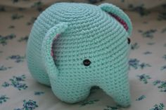 Cute crocheted elephant from a free pattern. Really great beginner project for crocheters looking to practice amigurumi!