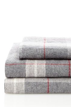 Flannel Sheet Set - Grey/Red Plaid Pattern