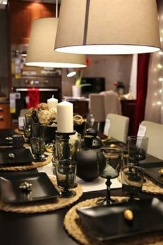 Dine and celebrate the new year in style with black, white and gold accents!