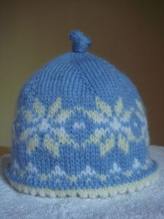 Newborn Sized Fair Isle Hat free pattern