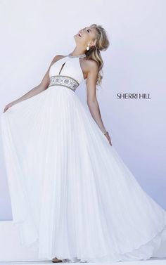 Image via We Heart It https://weheartit.com/entry/167658171 #sherrihill11251 #whitesexypromgown