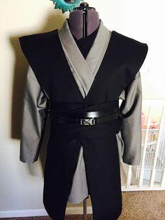 Grey Jedi Star Wars Inspired Sith/jedi Tunic by HamptonsJediOutfit