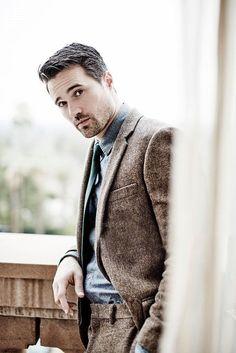 he is brett dalton Gorgeous Men, Beautiful People, Luke Mitchell, Grant Ward, Marvels Agents Of Shield, Lights Camera Action, Well Dressed Men, Street Style, Gentleman Style