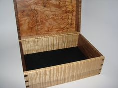 beautiful box, tiger maple, spalted maple