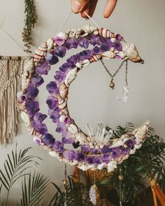MADE TO ORDER Cluster Moon Mermaid Wall Hanging bohemian wall decor, dreamcatcher made with shells, quartz and amethyst crystals, boho art Bohemian Wall Decor, Bohemian Design, Bohemian Crafts, Crystal Wall, Crystal Decor, Diy Crystal Crafts, Deco Studio, Diy And Crafts, Arts And Crafts