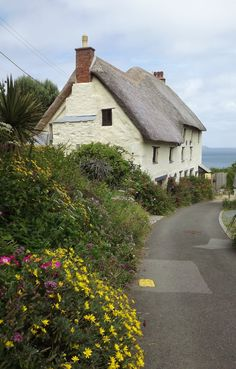 Cottage, Church Cove, near The Lizard, Cornwall, England English Country Cottages, English Village, English Countryside, Cottage House Designs, Cottage Homes, Cottage Gardens, Cottages By The Sea, Cabins And Cottages, Cute Cottage