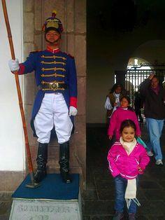 Quito Ecuador. escolta presidencial