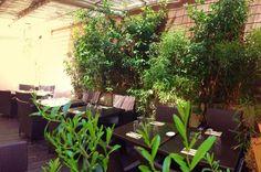 Terrasse Un moment à part http://www.123terrasse.fr/Un-moment-a-part #coffee #bar #restaurant #soleil #terrace #Lyon #spot #sun #jardin #garden