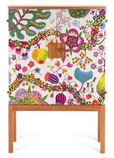 Cabinet de Josef Frank recouvert de tissu Brazil (Svenskt Tenn)