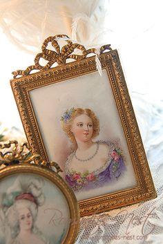 Lady in lovely frame
