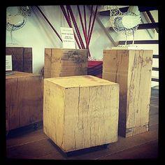 Houten eiken blokken beschikbaar in 2 maten - Fairwood in Tiel - www.houtenblokopwielen.nl