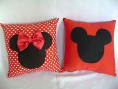 cojines de Mickey Cute Pillows, Diy Pillows, Decorative Pillows, Throw Pillows, Felt Crafts, Fabric Crafts, Sewing Crafts, Sewing Projects, Hobbies And Crafts