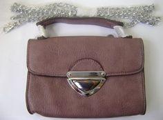 Bolsa Pequena com alça em metal R$89.90