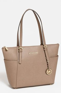 Why a Tan Handbag Can be Your Only Handbag - Bridgette Raes Style Expert