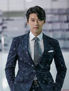 Hyun Bin looks like goblin Korean Male Actors, Korean Celebrities, Asian Actors, Hyun Bin, Cute Actors, Handsome Actors, Handsome Boys, Korean Star, Korean Men