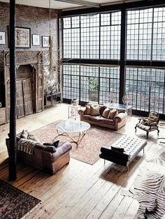 Creatively Industrial Interior Design Ideas for House or Office - Loft Apartment - Loft Interior Design, Industrial Interior Design, Industrial House, Industrial Interiors, Home Interior, Interior Design Inspiration, Interior Architecture, Vintage Industrial Decor, Industrial Loft Apartment