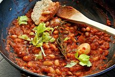 Cannellini Beans Stew, my Italian Baked Beans – Silvia Colloca Healthy Soup, Healthy Foods To Eat, Healthy Snacks, Dinner Recipes For Kids, Healthy Dinner Recipes, Bean Stew, Pasta, Baked Beans, Italian Recipes