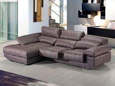 Sofá con chaise-longue modelo Bubai fabricado por Divani Star.