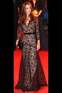 Kate Middletons dress = Stunning!!