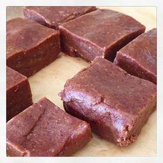 Raw snickers slab - Livia's Kitchen