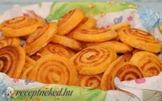 Sajtos érme recept fotóval Snack Recipes, Snacks, Hamburger, Carrots, Almond, Goodies, Chips, Mexican, Vegetables
