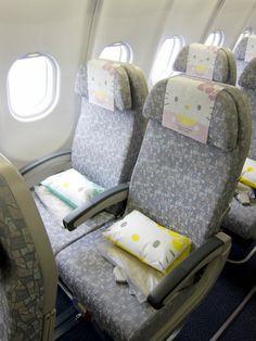 Hello Kitty Jet From Tokyo To Taipei [photos]