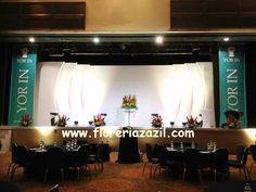 Diseño floral para eventos empresariales, corporativos y convenciones. #floreriasencancun
