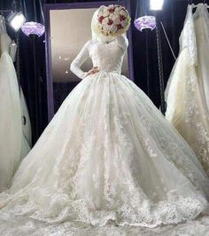 Ideas To Hijabi Wedding Dress Gowns Long Sleeve 101 Muslim Wedding Gown, Malay Wedding Dress, Hijabi Wedding, Muslim Wedding Dresses, Muslim Brides, Bridal Dresses, Muslim Couples, Fairytale Bridal, Bridal Hijab