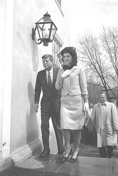 President John F. Kennedy and first lady Jacqueline Kennedy leave the Middleburg Community Center after attending Roman Catholic Church services, April 1, 1962. The Kennedys are spending the weekend at their nearby Glen Ora estate. (AP Photo/Bob Schutz)❤❀❤❀❤❀❤  http://www.middleburgcommunitycenter.com/