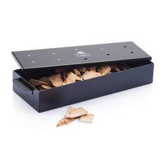 Barbecue rookbox. Serveer uw gasten iets bijzonders door bij bereiding van vlees of vis op de barbecue deze rookbox te gebruiken. Stop houtsnippers in de box en plaats de box op de kolen om uw favoriete gerecht te roken.   #BBQ #mannending