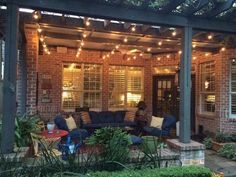 Fall is one of the most exciting season of the year, because of its comfortable weather and colorful landscapes. The fall night also offer a perfect moment to relax in your porch or sit by a yard fire pit and enjoy time with your family or friends. In order to make your Fall night super […]