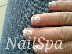 Gelish trends lots of dots
