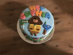 A baking badge is well earned with this amazing Hey Duggee birthday cake. A-Woof! Boy Birthday, Birthday Cake, Birthday Parties, Cbeebies Cake, Bbc Kids, Diy Cake, Girl Cakes, Raising, Badge