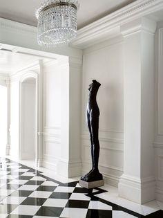 Escultura no corredor! E por que não?
