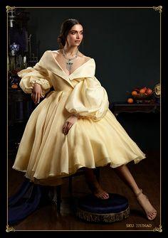 /Mam romans z dramatem/ - Deepika Padukone - Bollywood princess Couture Mode, Couture Fashion, Hijab Fashion, Fashion Dresses, Deepika Padukone Latest, Deepika Padukone Style, Bollywood Girls, Bollywood Fashion, Bollywood Saree
