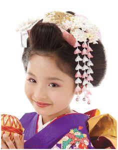 七歳 日本髪 基本タイプ トップに櫛を