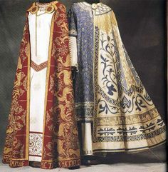 magpieandwhale:  jeannepompadour:  Medieval men's and women's costumes from the 1300s-1400s  For real?Wow.