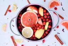 Make your home smell like fall with this easy stove top potpourri recipe. This is a natural way to use fresh fruits and dried spices to naturally scent your home. You can use the same mixture up to 4 days, but you'll need to refrigerate it between uses.How It Works Faux Marble Countertop, Potpourri Recipes, Homemade Potpourri, Stove Top Potpourri, Strawberry Planters, Wood Plant Stand, Fall Scents, House Smells, Succulent Pots