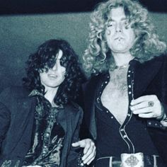 Another shot of Robert escorting a tipsy Jimmy :P