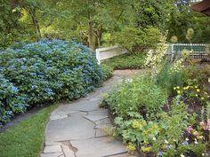 Дизайн сада в английском деревенском стиле