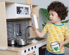 Vergleich Kinderküchen IKEA ALDI LIDL Lidl, Baby Ikea, Couch Ikea, Ikea Duktig, New Swedish Design, Handgemachtes Baby, Hacks Diy, Ikea Hacks, Home Appliances