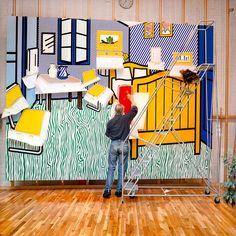 Roy Lichtenstein in Van Gogh's Bedroom, 1992. Photo: Laurie Lambrecht.